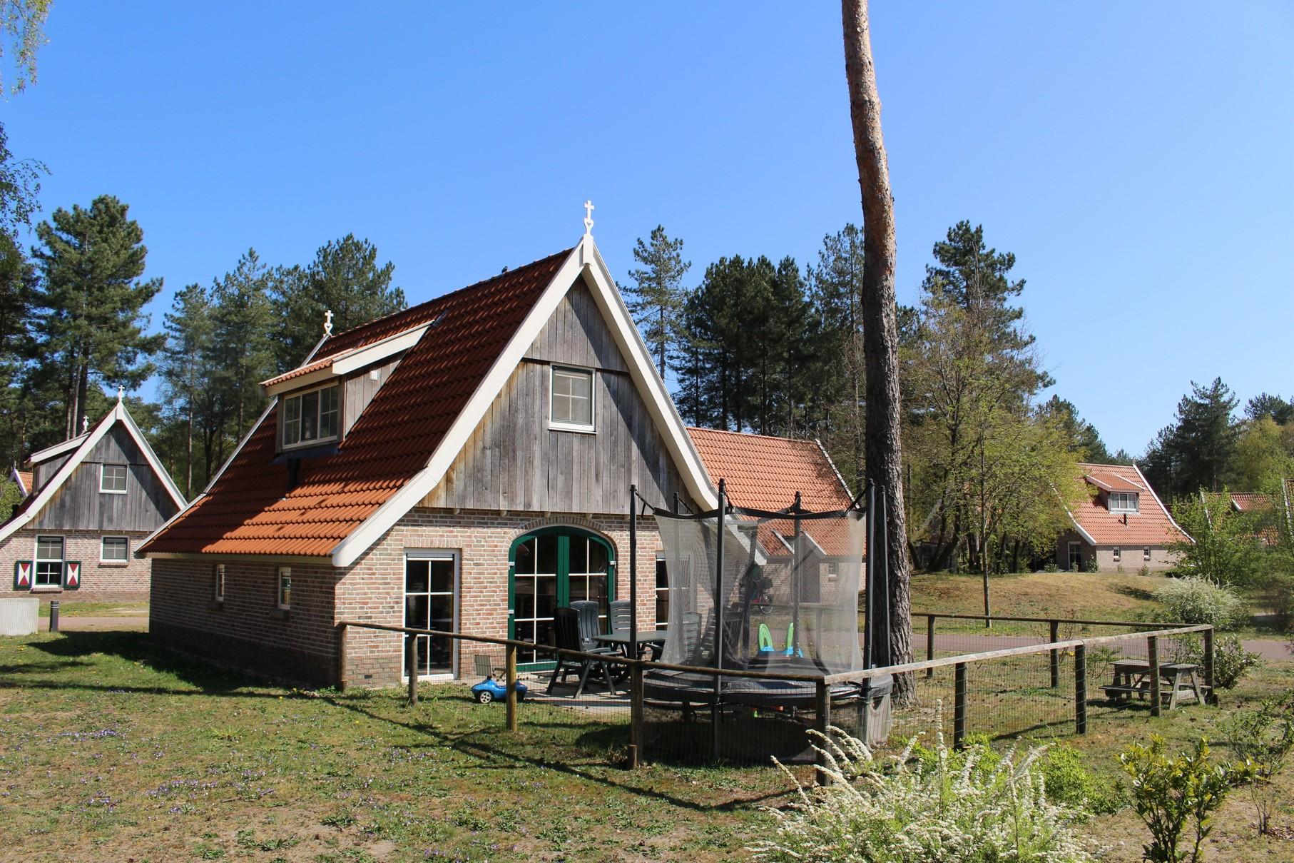 1. Vakantiehuis Landgoed De Hellendoornse Berg nr. 188 - 6-persoons Kinder
