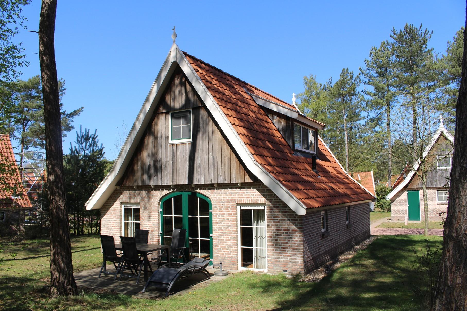 1. Vakantiehuis Landgoed De Hellendoornse Berg nr. 86 - Steeger Hoes 4 Luxe