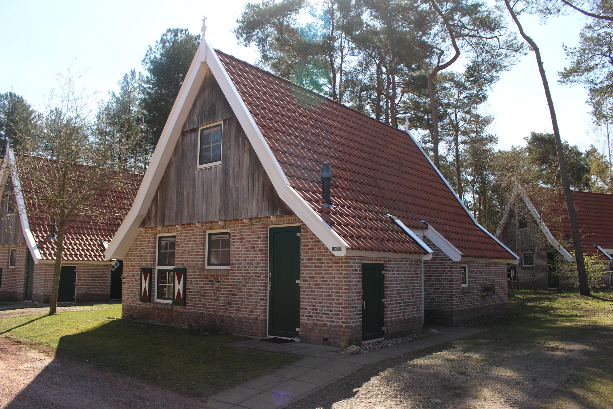 1. Vakantiehuis Landgoed De Hellendoornse Berg nr. 86 – Steeger Hoes 4 Luxe