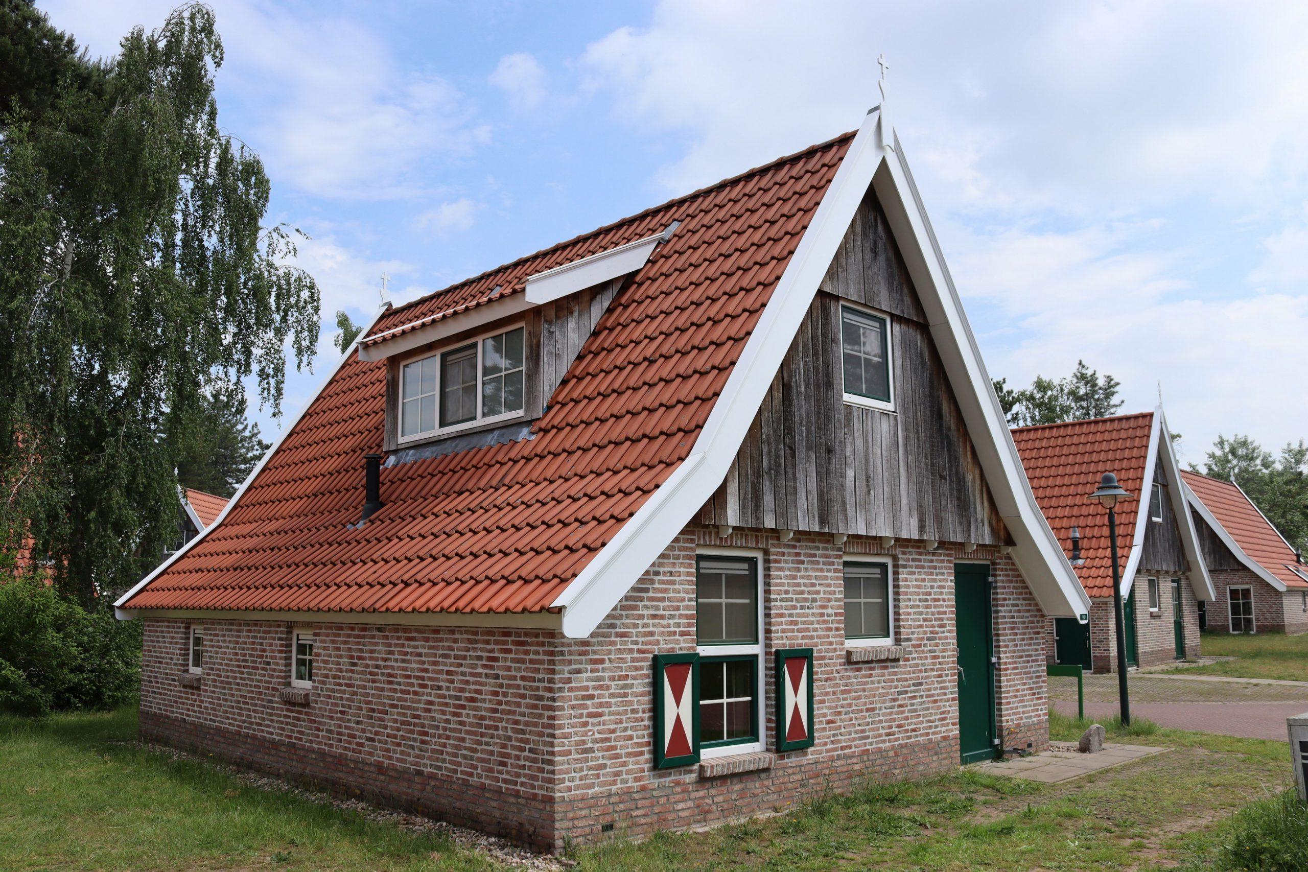 2. Recreatiewoning nr. 137 6-persoons DO Landal De Hellendoornse Berg