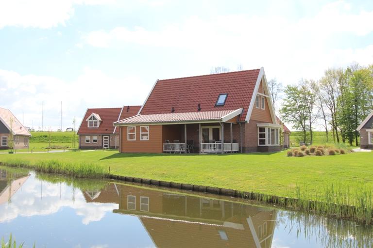 Waterparc Veluwemeer, 8-persoons comfort nr. 5