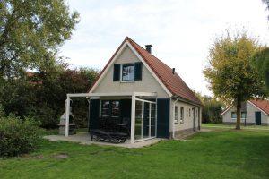 Buitenhuis 369, type Siluur 6-persoons Premium (SR393) 1